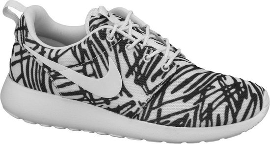 nike roshe one zwart wit dames