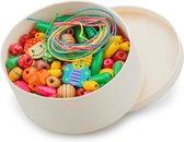 New Classic Toys Houten Kralen in Box - 230 Gekleurde Kralen en 4 Veters