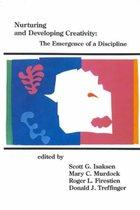 Boek cover Nurturing and Developing Creativity van Scott G Isaksen