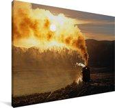 Een zonsondergang achter de stoomlocomotief Canvas 30x20 cm - klein - Foto print op Canvas schilderij (Wanddecoratie woonkamer / slaapkamer)