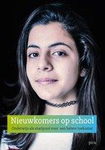 Boek cover Nieuwkomers op school van