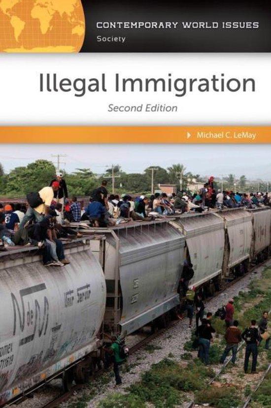 Boek cover Illegal Immigration van Michael C. Lemay (Hardcover)