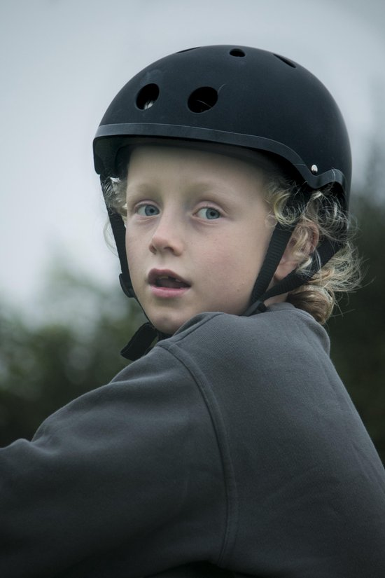 Mini Hornit Lids Fietshelm voor Kinderen - met LED achterlicht - Stealth (M) - Hornit