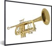 Foto in lijst - Een prachtige gouden trompet op een witte achtergrond fotolijst zwart 60x40 cm - Poster in lijst (Wanddecoratie woonkamer / slaapkamer)