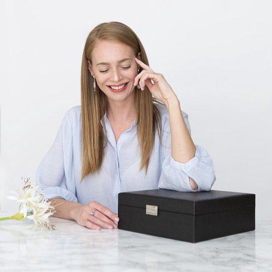 Sieraden Doos - Luxe Bijouterie Kistje - Juwelen Box met Houder - 24 Vakken – Ketting / Ring / Oorbellen / Horloge - Dames / Meisjes – Zwart