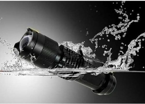 Ultrafire XPE Q5 7w 3 standen Zoomable LED-zaklamp Ultrafire XD CREE MECO