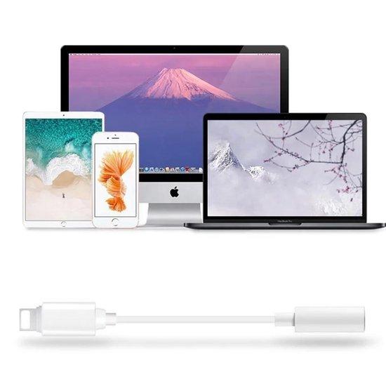 Apple Lightning naar Aux Jack 3,5 mm voor iPhone - Lightning naar 3,5 mm Hoofdtelefoonaansluiting Adapter - Lightning en AUX kabel - Lightning-apparaten - Muziek luisteren - Wit