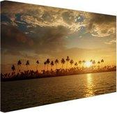 Palmbomen bij zonsondergang Canvas 30x20 cm - klein - Foto print op Canvas schilderij (Wanddecoratie woonkamer / slaapkamer)
