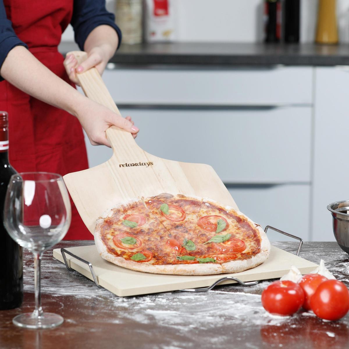 relaxdays pizzaschep XXL, hout, pizzaschep met steel, schep groot, rond pizza