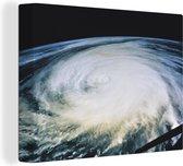 Orkaan Luis 160x120 cm - Foto print op Canvas schilderij (Wanddecoratie woonkamer / slaapkamer) XXL / Groot formaat!
