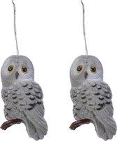 2x Kerstboomhangers grijze uilen 8 cm kerstversiering - Grijze kerstversiering/boomversiering - Kersthangers/kerstornamenten