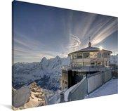 Foto van De Schilthorn in Zwitserland Canvas 90x60 cm - Foto print op Canvas schilderij (Wanddecoratie woonkamer / slaapkamer)