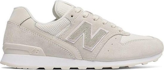 bol.com | New Balance Sneakers Wr996 Lcb Dames Beige Maat 38