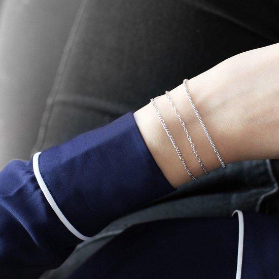 Zilveren set met drie armbanden