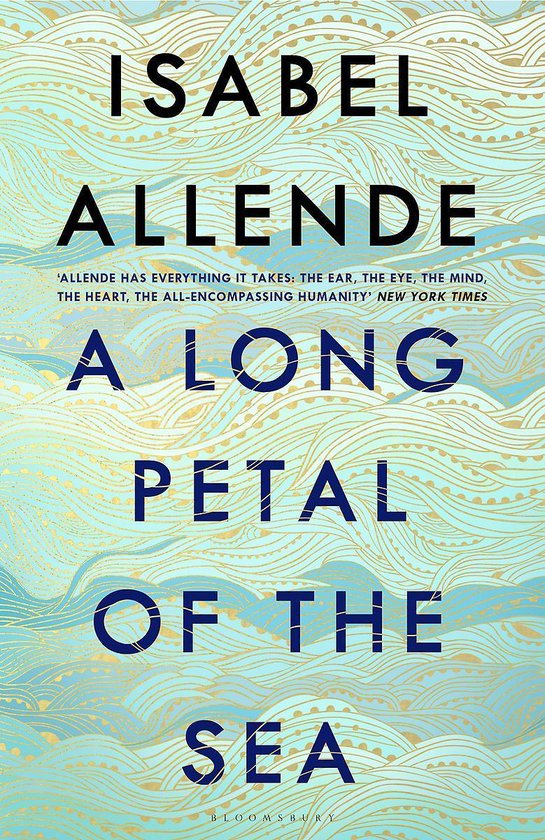 Boek cover A Long Petal of the Sea van Isabel Allende (Paperback)