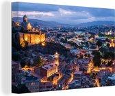 Overzicht over de stad Tbilisi in de avond Canvas 30x20 cm - klein - Foto print op Canvas schilderij (Wanddecoratie woonkamer / slaapkamer)