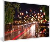 Foto in lijst - De nachtbrug bij Hoi An in Vietnam fotolijst wit 60x40 cm - Poster in lijst (Wanddecoratie woonkamer / slaapkamer)