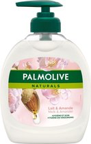 Palmolive Naturals Milde Verzorging - Almond - Handzeep - 6 x 300 ml - Voordeelverpakking