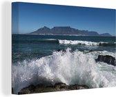 Water klotst over de rotsen van het Zuid-Afrikaanse Robbeneiland Canvas 140x90 cm - Foto print op Canvas schilderij (Wanddecoratie woonkamer / slaapkamer)