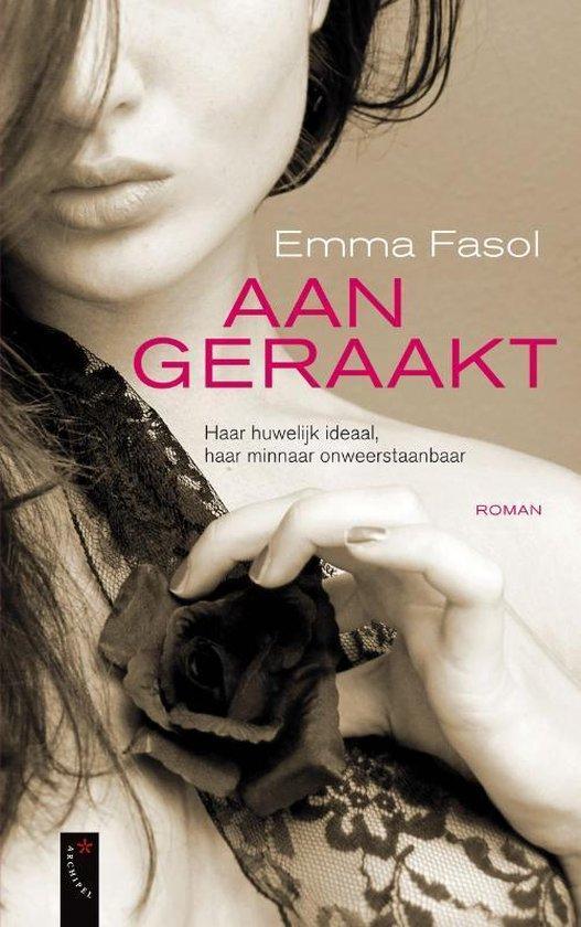 Cover van het boek 'Aangeraakt'