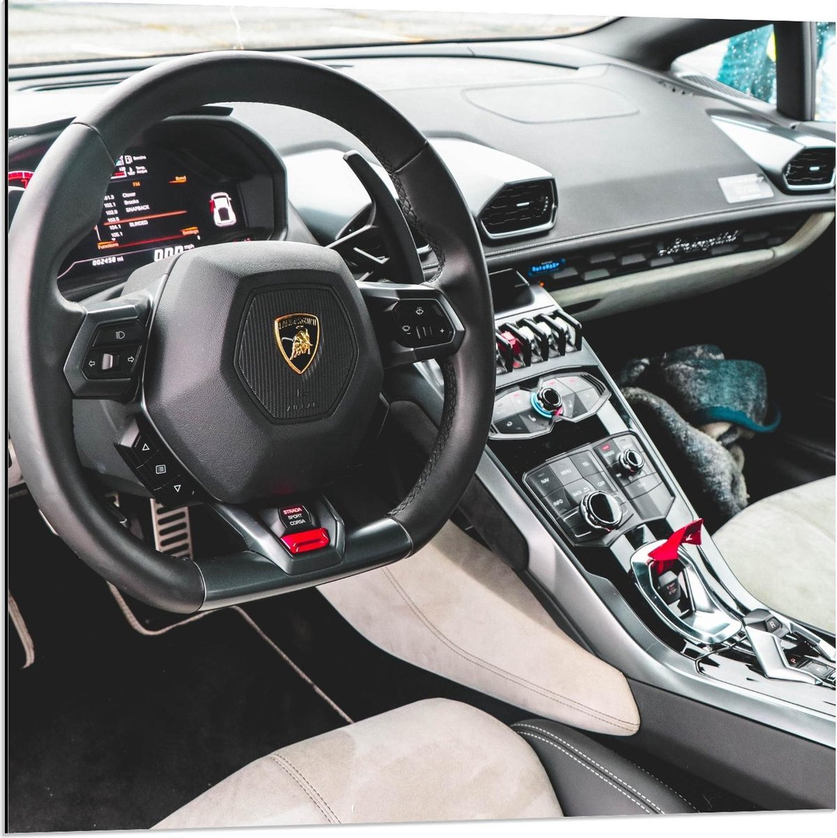Dibond - Lamborghini Auto Binnenkant - 80x80cm Foto op Aluminium (Wanddecoratie van metaal)