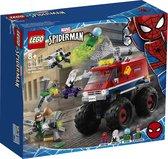 LEGO Spider-Man's Monstertruck vs Mysterio - 76174