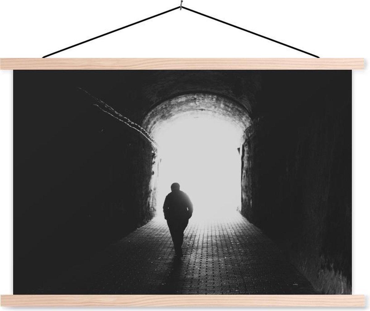 Silhouet in de tunnel textielposter latten blank 150x100 cm - Foto print op schoolplaat (wanddecoratie woonkamer/slaapkamer)