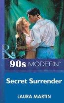 Omslag Secret Surrender (Mills & Boon Vintage 90s Modern)
