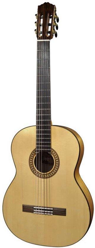 Salvador Cortez CF-55 Flamenco gitaar met massief sparren bovenblad