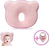 Baby IQ Orthopedisch baby hoofdkussen – Traagschuim – Tegen plat achterhoofd – Kraamcadeau –Roze – Incl gratis Bandana Slabber