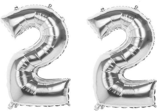 22 Jaar Folie Ballonnen Zilver- Happy Birthday - Foil Balloon - Versiering - Verjaardag - Man / Vrouw - Feest - Inclusief Opblaas Stokje & Clip - XXL - 115 cm