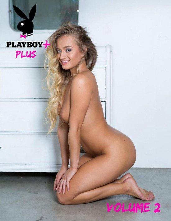 Boek cover Playboy Plus: Halley Madiison van Playboy (Onbekend)