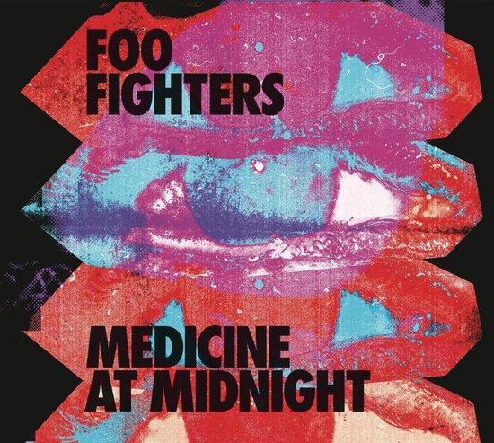CD cover van Medicine at Midnight van Foo Fighters