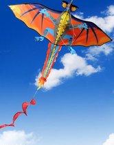 Apeirom Vlieger Fire Dragon maat 1.40 meter breed en 1.60 meter hoog. Feel the wind!