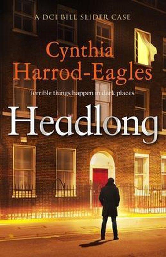 Boek cover Headlong van Cynthia Harrod-Eagles (Paperback)