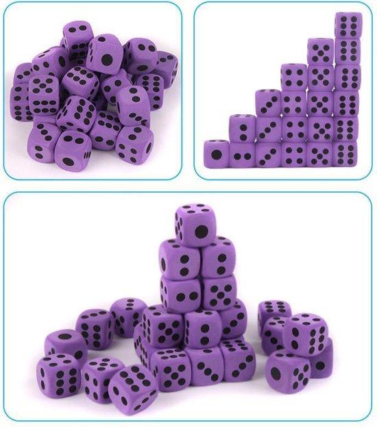 Thumbnail van een extra afbeelding van het spel 2 Stuks Leuke Paarse Foam Dobbelsteen 4X4cm - Dice