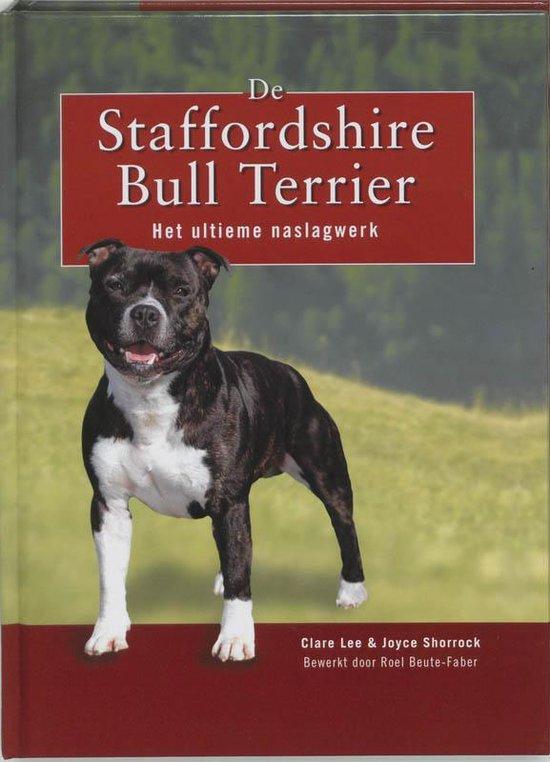 De Staffordshire Bull Terrier - Clare Lee |