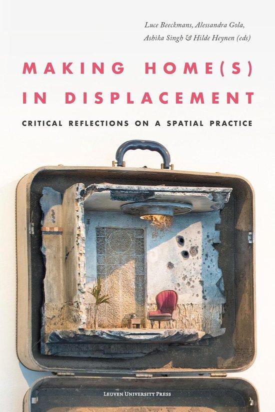 Boek cover Making Home(s) in Displacement van  (Paperback)