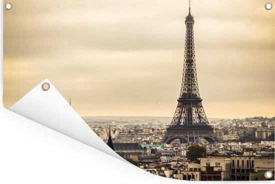 Dichte wolken boven Parijs en de Eiffeltoren Tuinposter 180x120 cm - Tuindoek / Buitencanvas / Schilderijen voor buiten (tuin decoratie) XXL / Groot formaat!