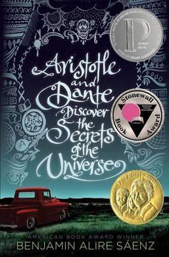 Boek cover Aristotle and Dante Discover the Secrets of the Universe van Benjamin Alire Sáenz (Hardcover)