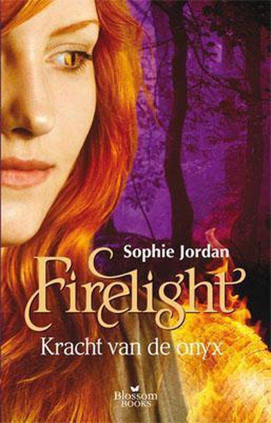 Firelight - Kracht van de onyx - Sophie Jordan |