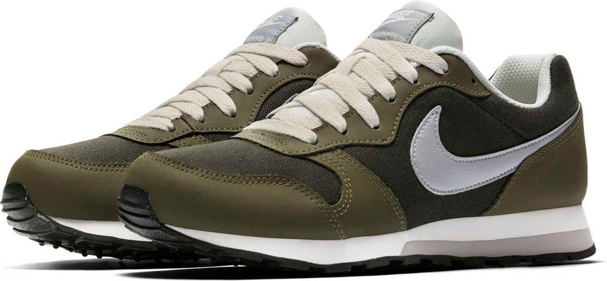 bol.com   Nike MD Runner 2 Sneakers - Groen/Wit - Maat 37.5