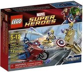 Lego Super Heroes - Captain Americas Avenging Cycle (6865) /Toys