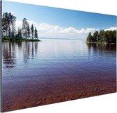 Zicht op het meer in de zomer Aluminium 180x120 cm - Foto print op Aluminium (metaal wanddecoratie) XXL / Groot formaat!