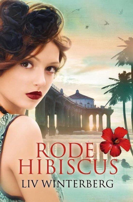 Rode hibiscus - Liv Winterberg | Readingchampions.org.uk