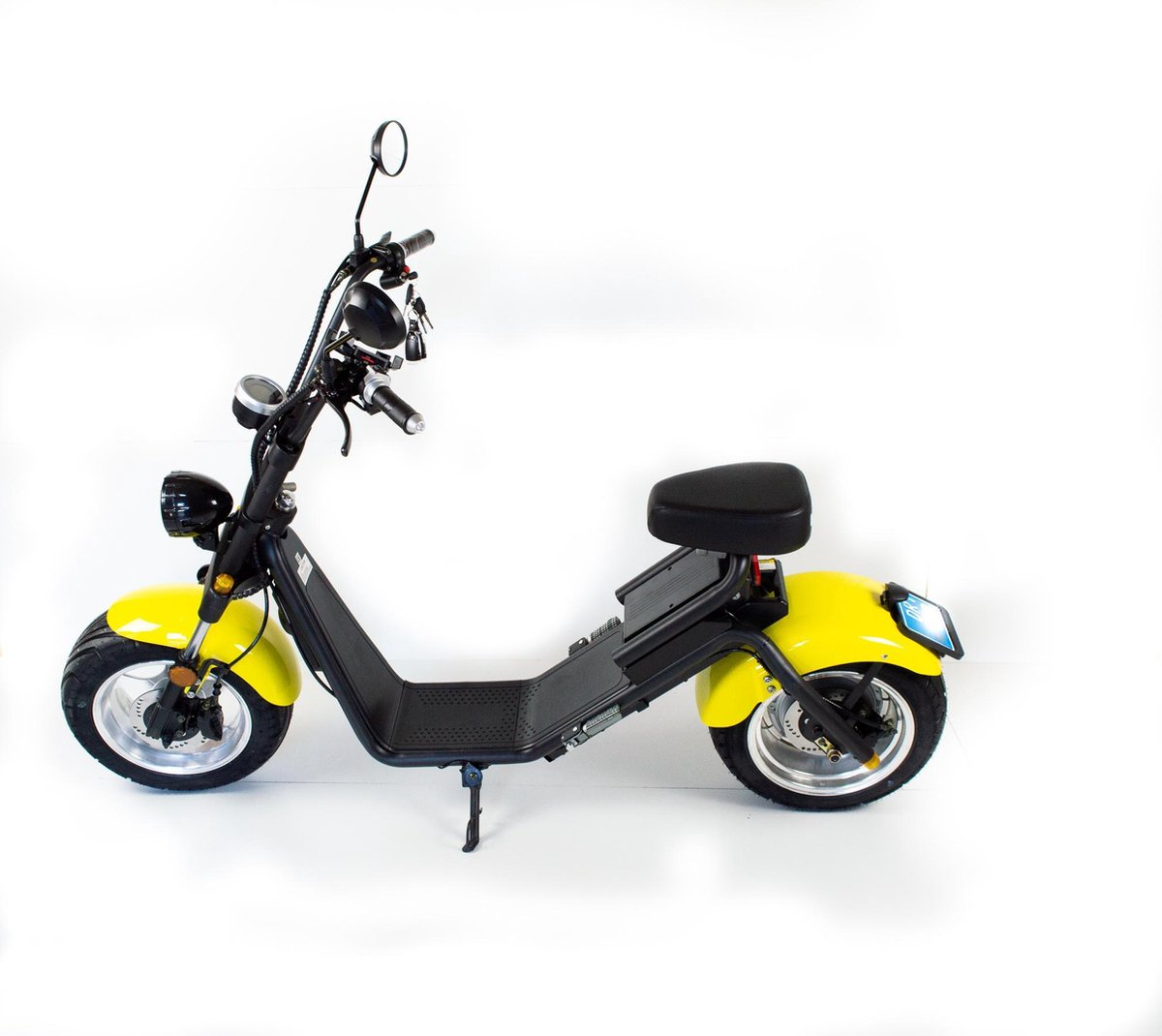 Stadsscooter,CITYCOCO,City coco, Licht Geel  Ebike  ( E-Scooter Ebike 100% Elektrische scooter Cool