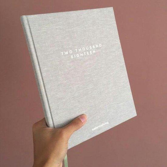 essentialiving planner 2018