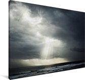 Zonlicht dat door onweerswolken heen gaat Canvas 30x20 cm - klein - Foto print op Canvas schilderij (Wanddecoratie woonkamer / slaapkamer)