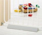 BabyDan anti-struikel drempeltje Set speciaal voor klemhekjes  40cm Grijs