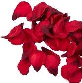 Valentijn - 100x Rode strooi rozenblaadjes 3 cm